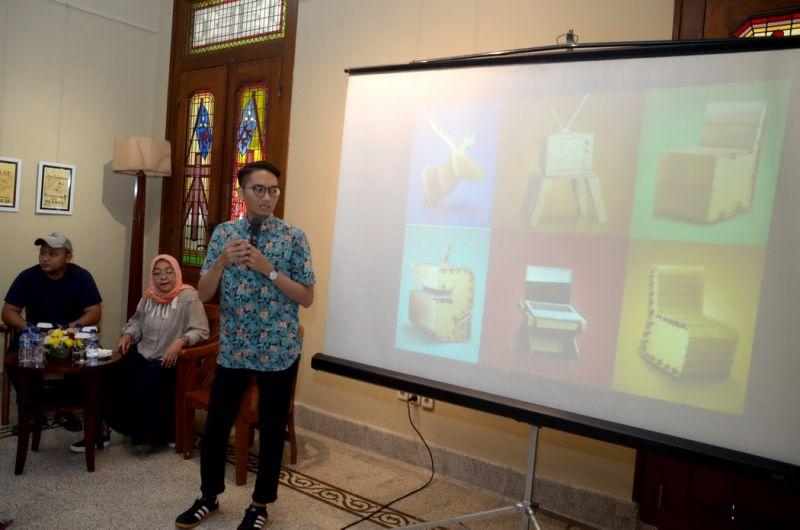 Pendiri Dus Duk Duk, Angger Diri Wiranata.