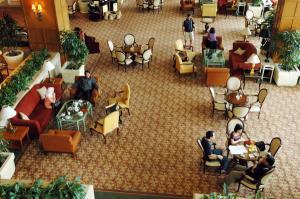 Suasana lobby Hotel Shangri-La, Surabaya (dok. kabarbisnis.com)