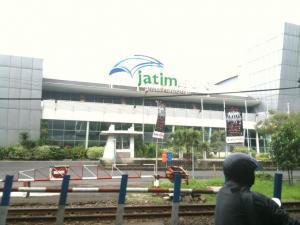 Gedung Jatim Expo milik PT PWU